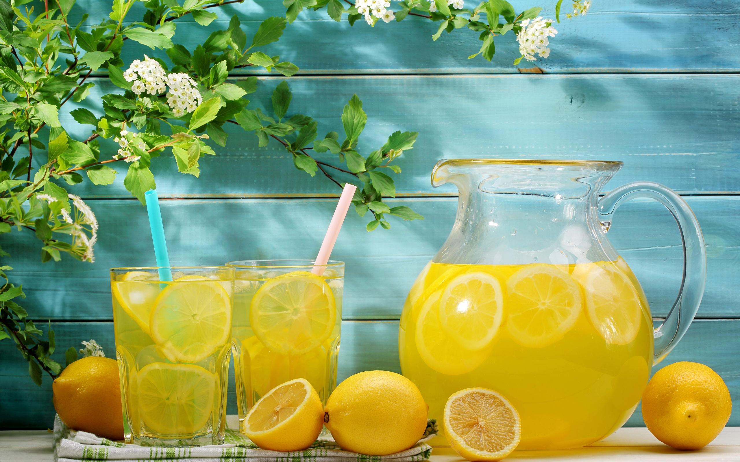 Вода с лимоном: польза и свойства